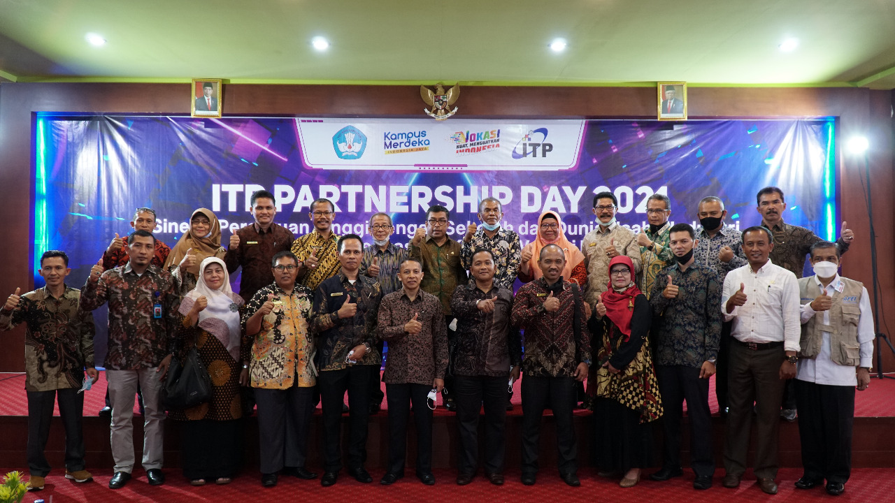 ITP Partnership Day 2021, ITP Gandeng DUDIKA dan 33 SMA/SMK Se-Sumbar